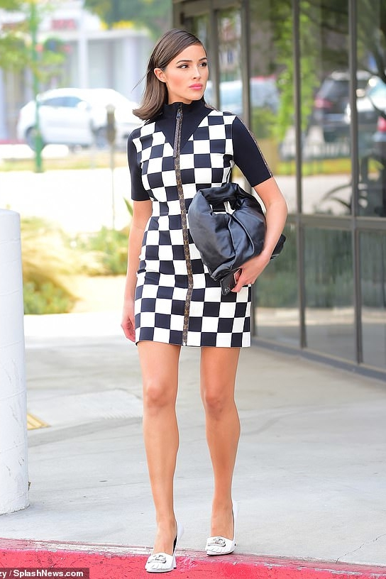 olivia-culpo-in-louis-vuitton-checkered-mini-dress-out-in-la-september-14-2020