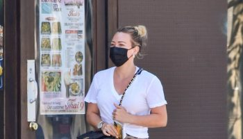 hilary-duff-in-anine-bing-skirt-out-in-los-angeles-september-19-2020