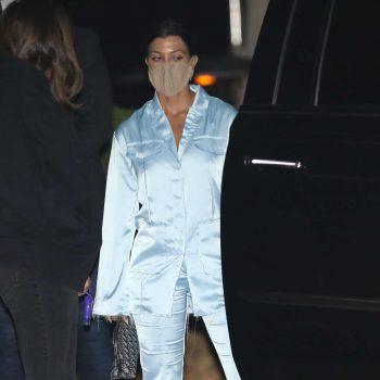 kourtney-kardashian-in-simonett-suit-out-in-los-angeles-august-24-2020