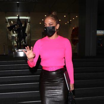jennifer-lopez-in-balenciaga-tom-ford-out-in-west-hollywood-october-28-2020