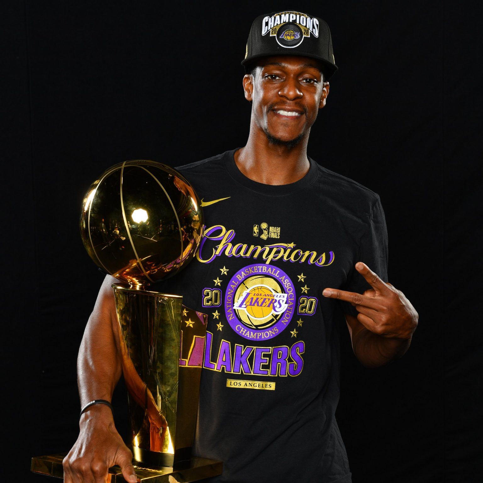 rajon-rondo-wins-first-ever-to-win-ring-with-celtics-and-lakers