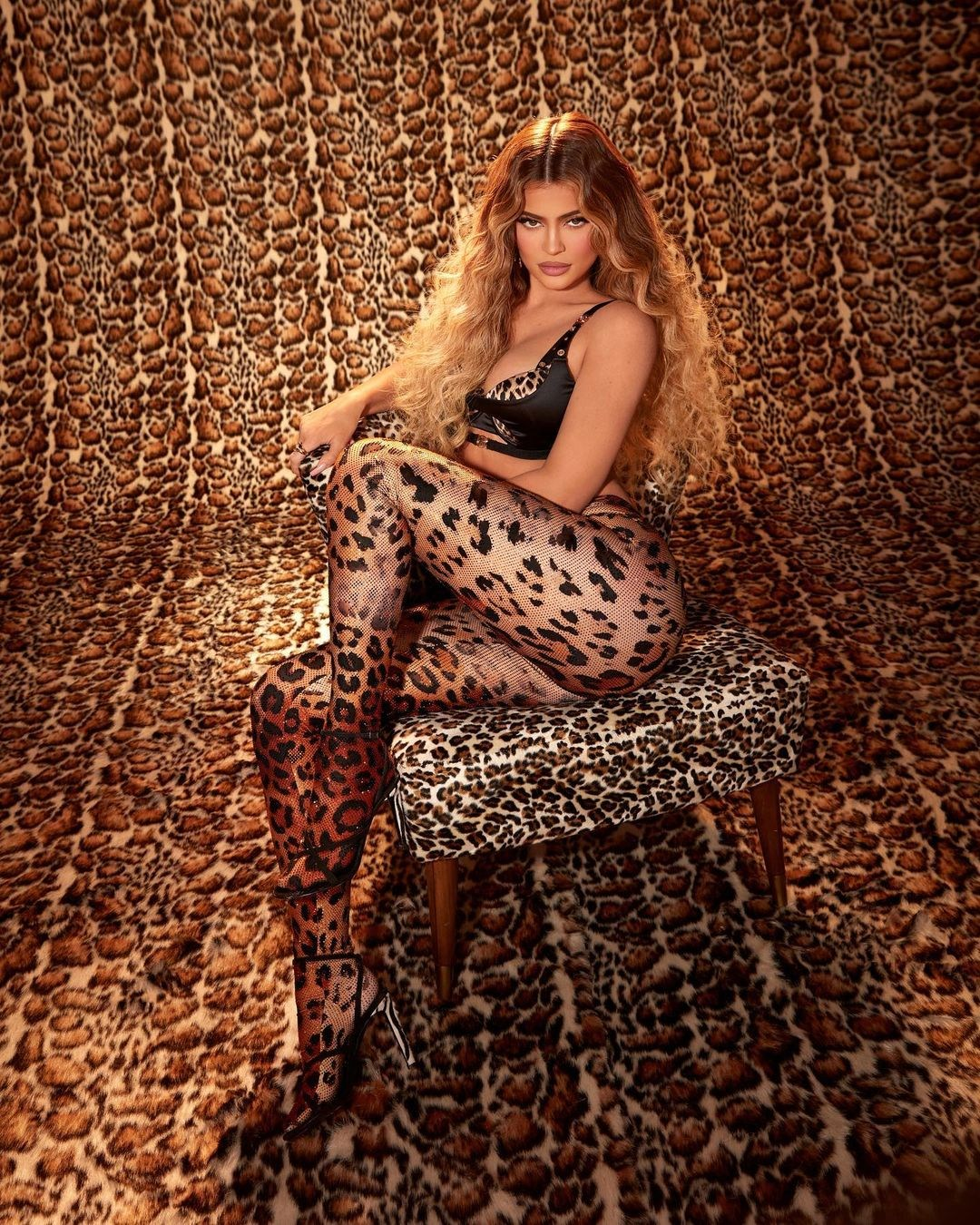 kylie-jenner-shares-her-new-leopard-collection-on-instagram