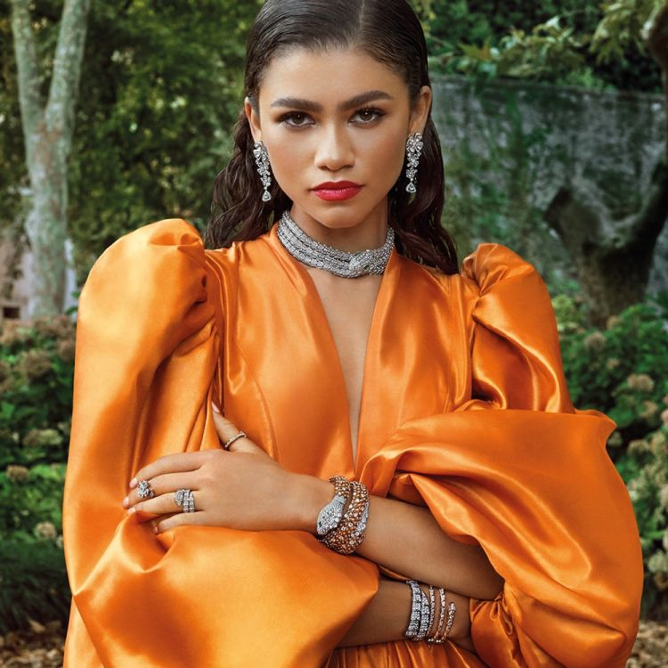 bvlgari-takes-you-to-rome-for-fierce-mai-troppo-campaign