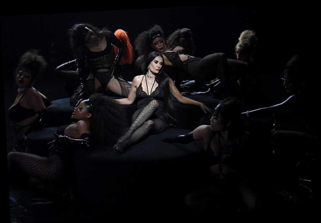 demi-moore-stuns-in-black-lace-rihannas-savage-x-fenty-show-vol-2
