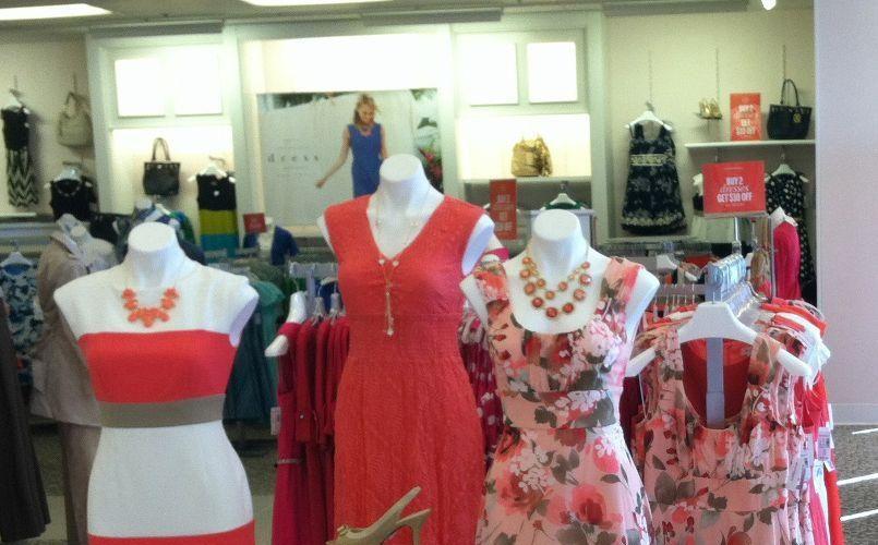 dressbarn-is-taking-over-online-dress-sales