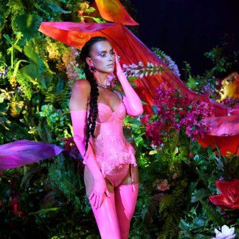 irina-shayk-rocks-hot-pink-lingerie-rihannas-savage-x-fenty-show-2020