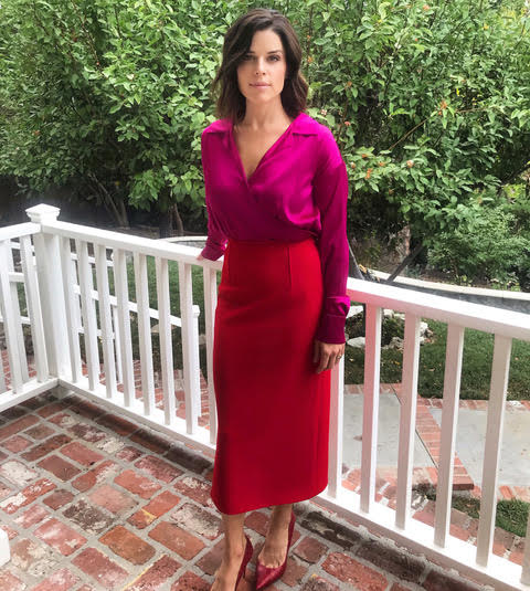 neve-campbell-in-cong-tri-during-a-press-appearance-for-clouds