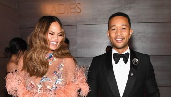 chrissy-teigen-shares-sad-news-she-has-suffered-miscarriage-with-her-third-child