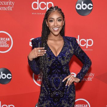 tayshia-adams-to-the-2020-american-music-awards