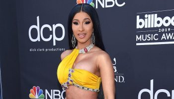 cardi-b-named-billboards-woman-of-the-year-award