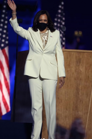 united-states-vice-president-elect-kamala-harris-made-historical-speech-in-carolina-herrera-suit