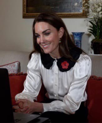 kate-middleton-wore-ghost-boo-remembrance-week-call