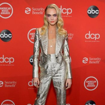 cara-delevingne-in-dolce-gabbana-suit-american-music-awards-2020