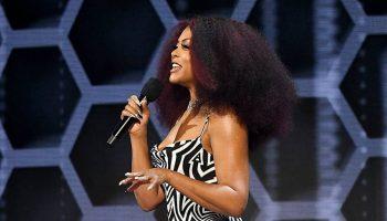 taraji-p-henson-in-area-gown-hosting-american-music-awards-2020