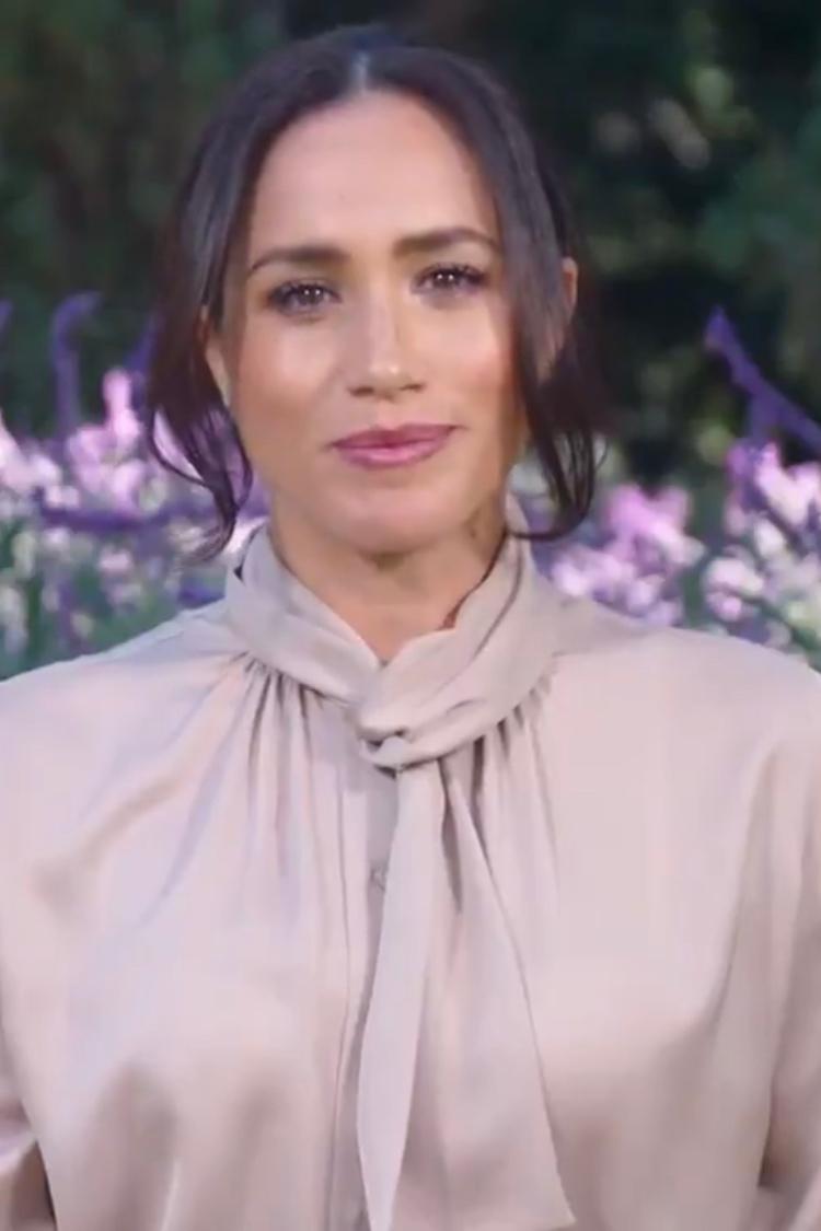 meghan-markle-wore-tory-burch-satin-bow-blouse-cnn-heroes-2020