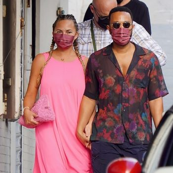 chrissy-teigen-wore-halpern-maxi-dress-st-barts