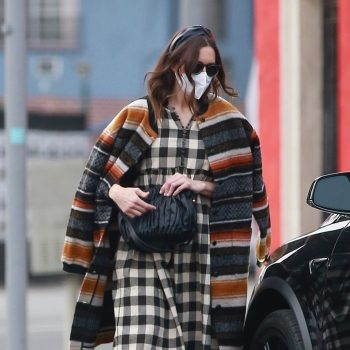 mandy-moore-wears-the-great-cardigan-out-in-los-angeles