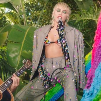miley-cyrus-wore-marshall-columbia-paco-rabanne-apple-musics-backyard-sessions