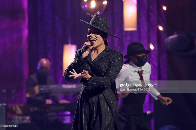 ella-mai-performs-not-another-love-song-2020-soul-train-awards