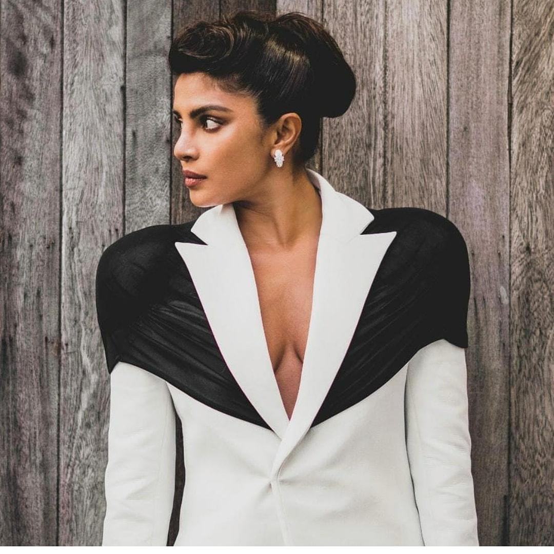 priyanka-chopra-wore-kaushik-velendra-the-2020-british-fashion-awards