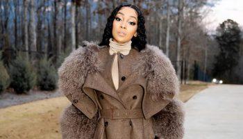 monica-wearing-burberry-fall-2020-coat