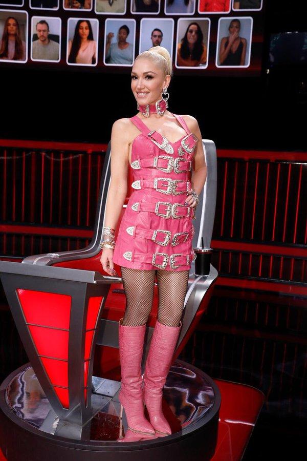 gwen-stefani-wore-no-name-studio-dress-the-voice-season-19