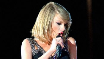 taylor-swift-releases-9th-studio-album-evermore