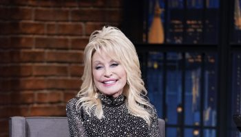 miley-cyrus-presents-dolly-parton-with-hitmaker-award-2020-women-in-music