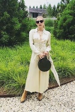 emma-roberts-wore-nanushka-akita-instagram