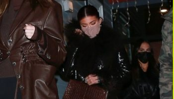 kylie-jenner-wore-saks-potts-coat-aspen-december-30-2020