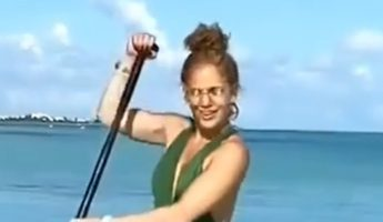 jennifer-lopez-wore-norma-kamali-swimsuit-turks-caicos