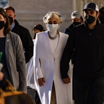 lady-gaga-wore-givenchy-preparing-for-her-inauguration-performance