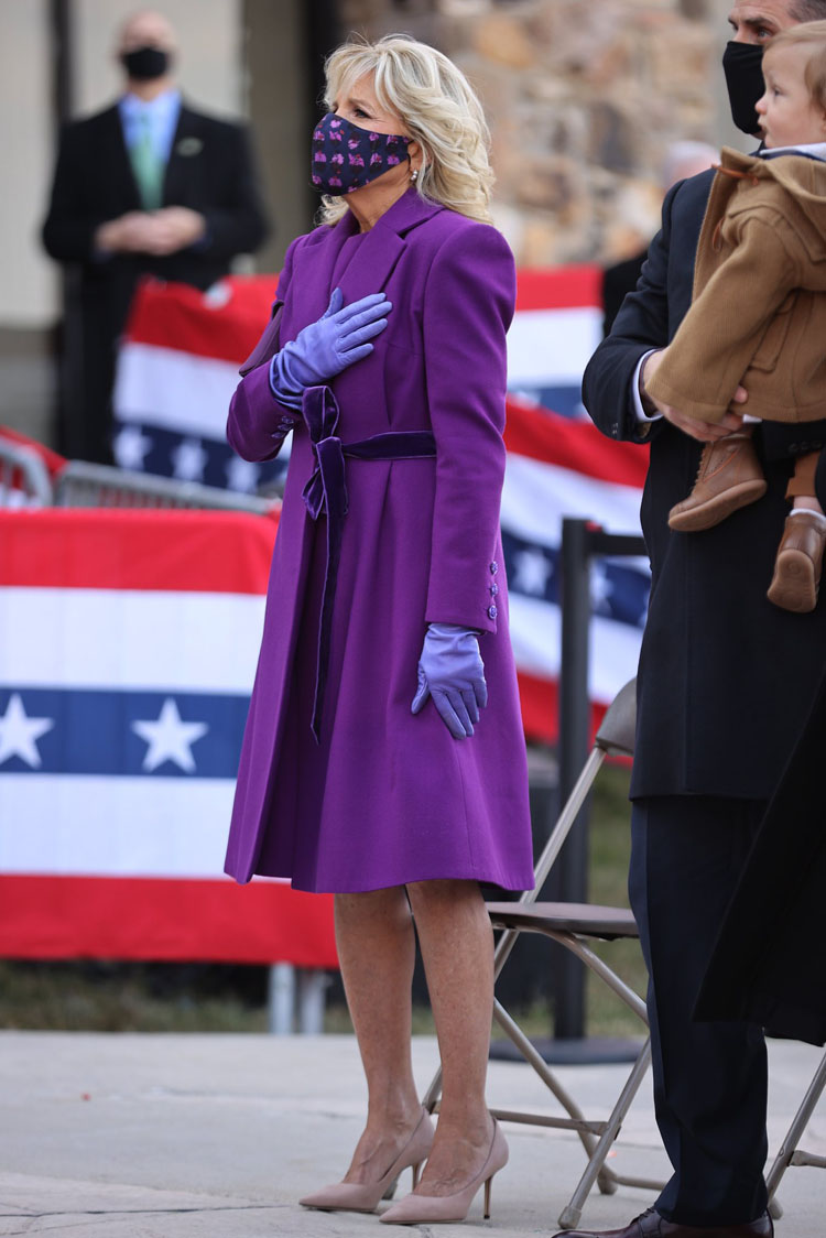 dr-jill-biden-wore-jonathan-cohen-arriving-at-the-joint-base-andrews