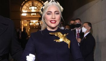 the-message-behind-lady-gagas-statement-brooch-joe-bidens-inauguration-ceremony