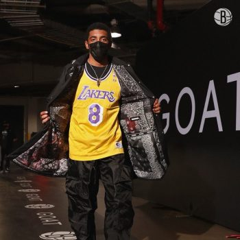 kyrie-irving-pays-tribute-to-kobe-bryant-wearing-his-8-jersey