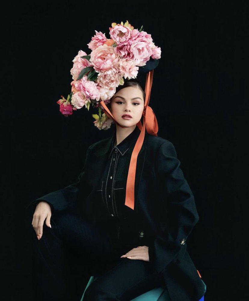 selena-gomez-announces-her-new-album-revelacion