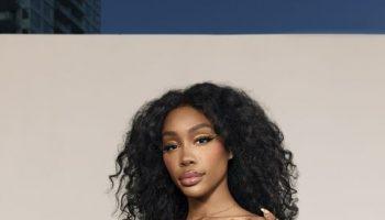 sza-wears-alexandre-vauthier-for-cosmopolitan-magazine-february-2021