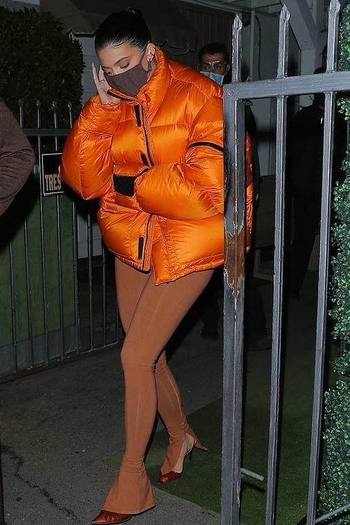 kylie-jenner-wore-entire-studios-puffer-jacket-giorgio-baldi-in-santa-monica