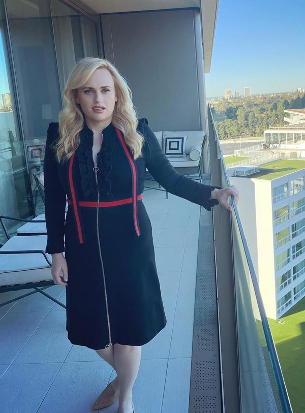 rebel-wilson-wore-gucci-while-promoting-pooch-perfect
