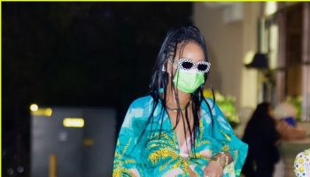 rihanna-grocery-shopping-bristol-farms-in-los-angeles-march-29