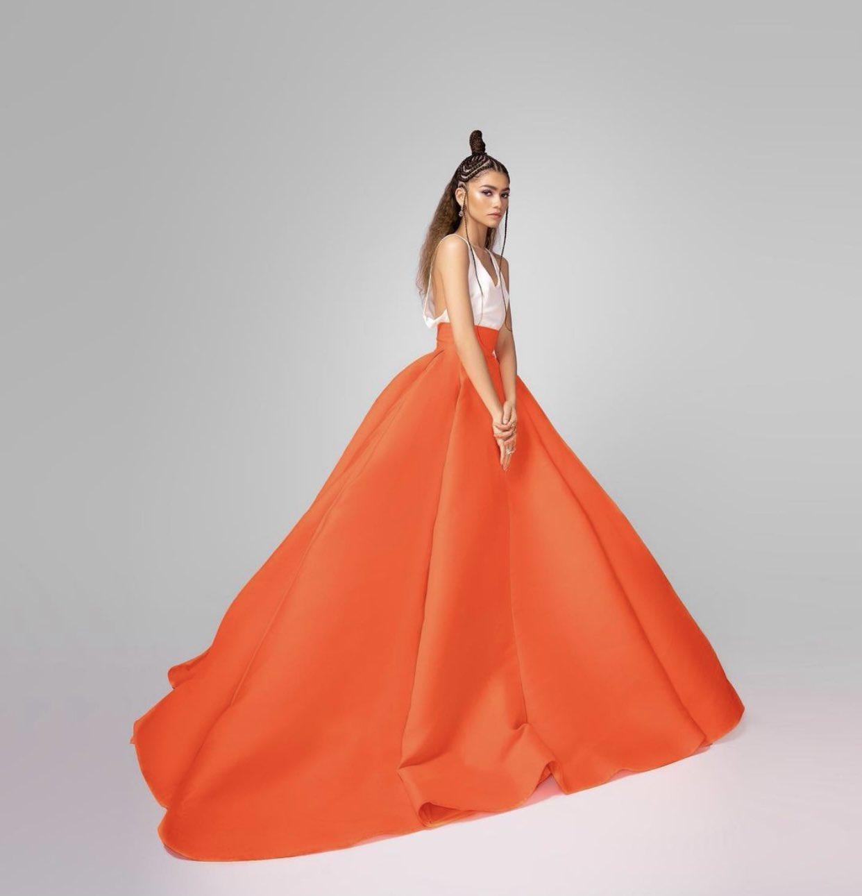 zendaya-in-in-valentino-haute-couture-2021-critics-choice-awards