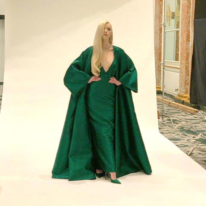 anya-taylor-joy-wore-dior-the-2021-golden-globe-awards