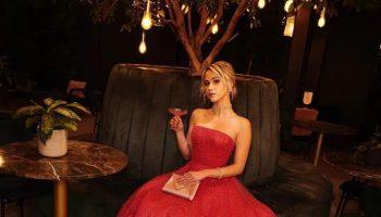 maria-bakalova-in-armani-the-2021-golden-globe-awards