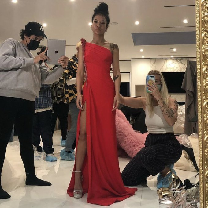behind-the-scenes-jhene-aiko-preparing-for-grammys-2021