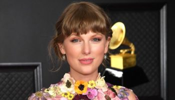 taylor-swift-wins-her-third-album-of-the-year-award-2021-grammys
