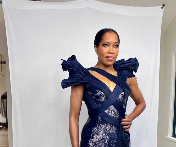 regina-king-in-atelier-versace-critics-choice-awards-2021