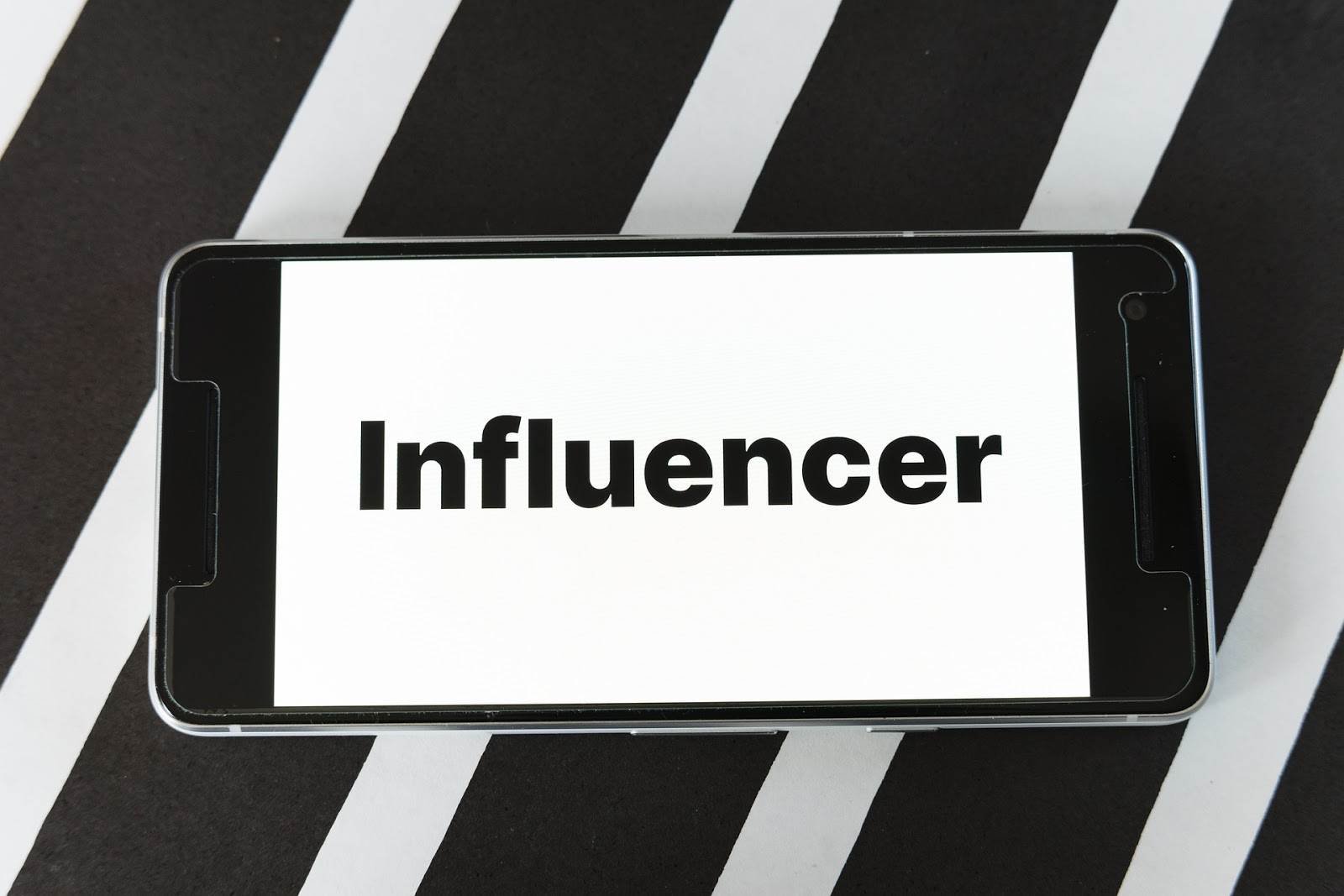 how-people-become-influencers