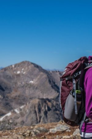 a-girls-guide-how-to-dress-for-the-mountains