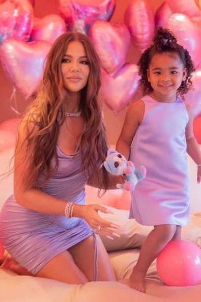 khloe-kardashian-celebrating-her-daughter-true-3rd-birthday