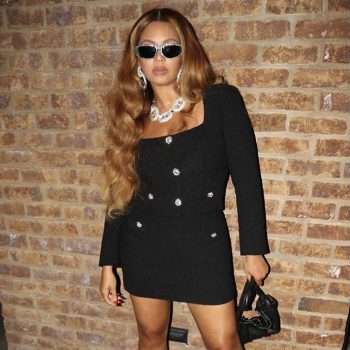 beyonce-rocking-alessandra-rich-tweed-design